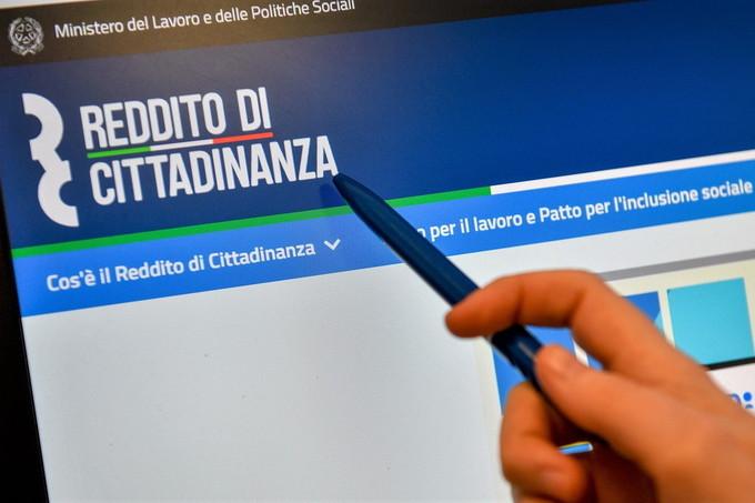 Reddito cittadinanza: sindacati, prorogare contratto ai 248 navigator